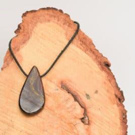 Oeil de fer en pendentif – 16gr – 4,7×2,3×0,6cm – N°8059.1