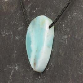 Opale des Andes Bleu en pendentif – 9gr – 2,8×1,9×0,8cm – N°7891.1