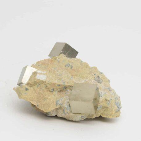 Pyrite-sur-matrice-N°5581.1-116gr-8×5,5x3cm-2