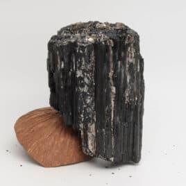 Tourmaline noire Schorl – 1678gr – N°5202.3