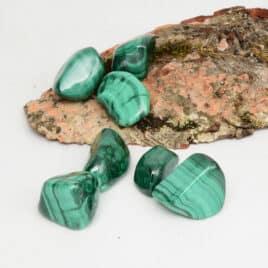 Malachite – Pierre roulée 3cm à 4.5cm – N°5143.1