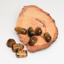 Oeil-de-Tigre avec Minerai de fer – Pierre roulée 2.5cm à 3.5cm – N°5504.1