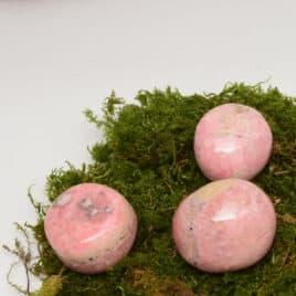 Rhodochrosite du Pérou – Pierre roulée 3.5cm à 4cm – N°7728.1
