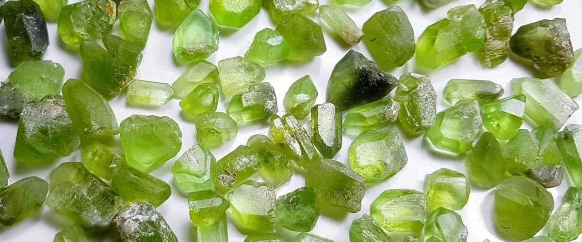 Péridot cristallisé d'Afghanistan