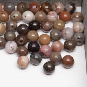 Bois pétrifié perles