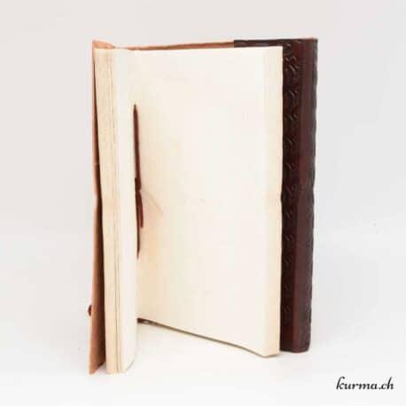 présentation du papier artisanal de ce carnet à dessin
