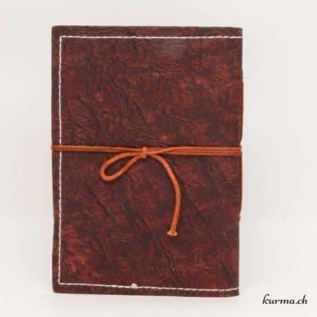 carnet de note ou de croquis en cuir naturel avec du papier blanchi sans chlore