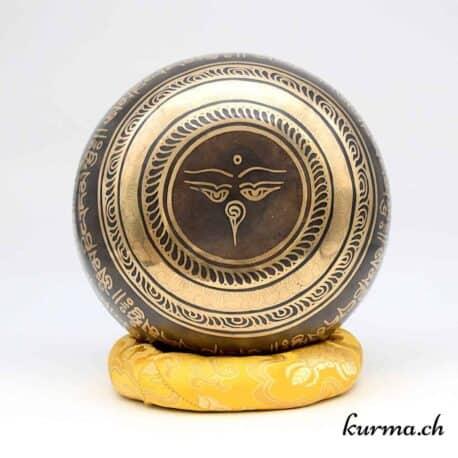 Kurma boutique de bols tibétains en suisse, vente en boutique à Fontainemelon, Neuchâtel, ou online, en ligne dans toute l'Europe. Bols chantants de qualités choisis sur place  fabriqués au Tibet par des artisans tibétains.