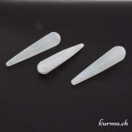Les bâton de massage en sélénite sont idéales pour la reflexologie et les soins énergétiques