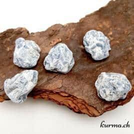 Calcite bleue – Pierre brute de poche – 4 à 4.5cm – N°8388