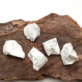 Magnésite – Pierre brute de poche – 4 à 4.5cm – N°7455.2