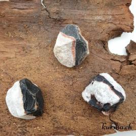 Sardonyx – Pierre brute de poche – 3.5 à 4.5cm – N°7883
