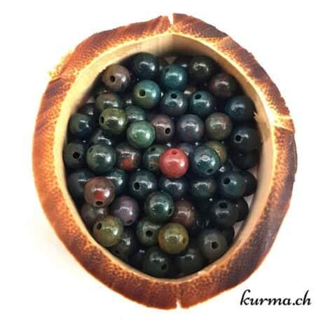 Vente en gros et aux particuliers de perles en pierre semi-précieuse dans la boutique en ligne Kûrma. Un large choix de perles de qualité livré rapidement dans toutes la Suisse, en France, Belgique et en Allemagne.