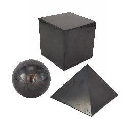 Achter des formes de pierre