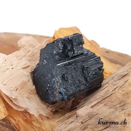 Kûrma votre boutique de pierre en brute en suisse. Un large choix de minéraux de collection disponible en vente en ligne pour les particuliers et entreprises.