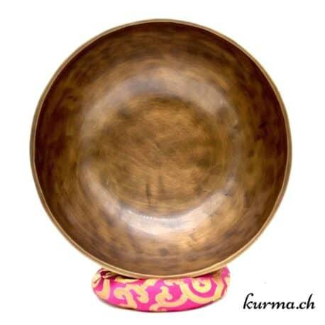 Acheter des bols tibétains full moon dans la boutique en ligne Kûrma. Votre magasin d'artisanat népalais en Suisse