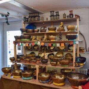 Magasin de bols tibétains en Suisse