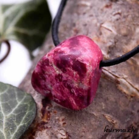 Collier Thulite