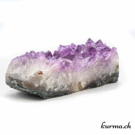 Acheter un bougeoir en Améthyste dans la boutique en ligne Kûrma. Votre magasin spécialisé en Suisse romande.