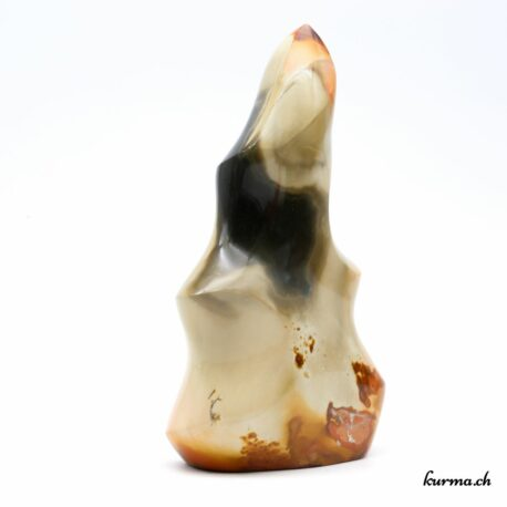 Acheter un menhir dans la boutique en ligne Kûrma. Spécialisé dans des pierres de qualité directement importer depuis les artisans lapidaires. Sélectionné avec le plus haut degré d'exigence.
