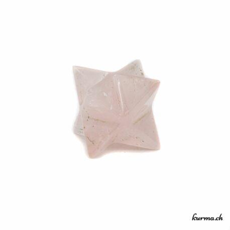 Acheter ce Merkaba en pierre directement dans la  boutique en ligne Kûrma. Chaque pierre est sélectionnée avec la plus grande minutie. Kûrma est une boutique spécialisée dans des pierres de qualité directement importer depuis les artisans lapidaires.
