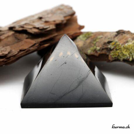 Acheter une sublime pièce en shungite dans la boutique en ligne Kûrma. Spécialisé dans des pierres de qualité directement importer depuis les artisans lapidaires. Sélectionné avec le plus haut degré d'exigence.