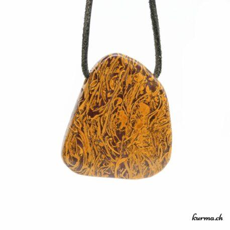 Acheter ce collier de pierre directement dans la boutique en ligne Kûrma. Chaque pierre est sélectionnée avec la plus grande minutie. Kûrma est une boutique spécialisée dans des pierres de qualité directement importer depuis les artisans lapidaires.